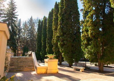 Мини-парк на территории